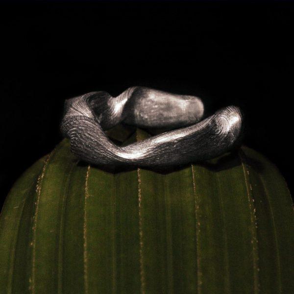 anello radice icudal gioielli unici